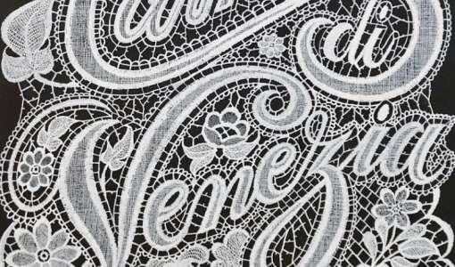 Spitzen-Lettering-Art in graziler italienischer Klöppeloptik